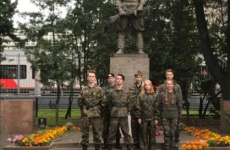 братская могила у станции Крюково