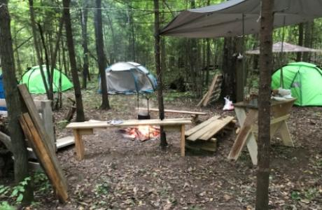 Лагерь рано утром